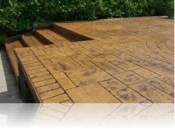 Steps and Pation in Ashlar Slate Riverside Tan Charcoal Ra