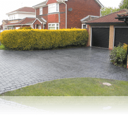 PROJECT 4 - AFTER - Country Cobble Driveway and Paths with Double Border Basalt